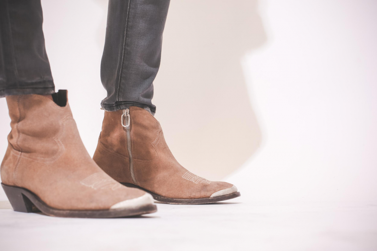 Golden Goose Woman Chaussures Collection Boots Young Cuoio Suede