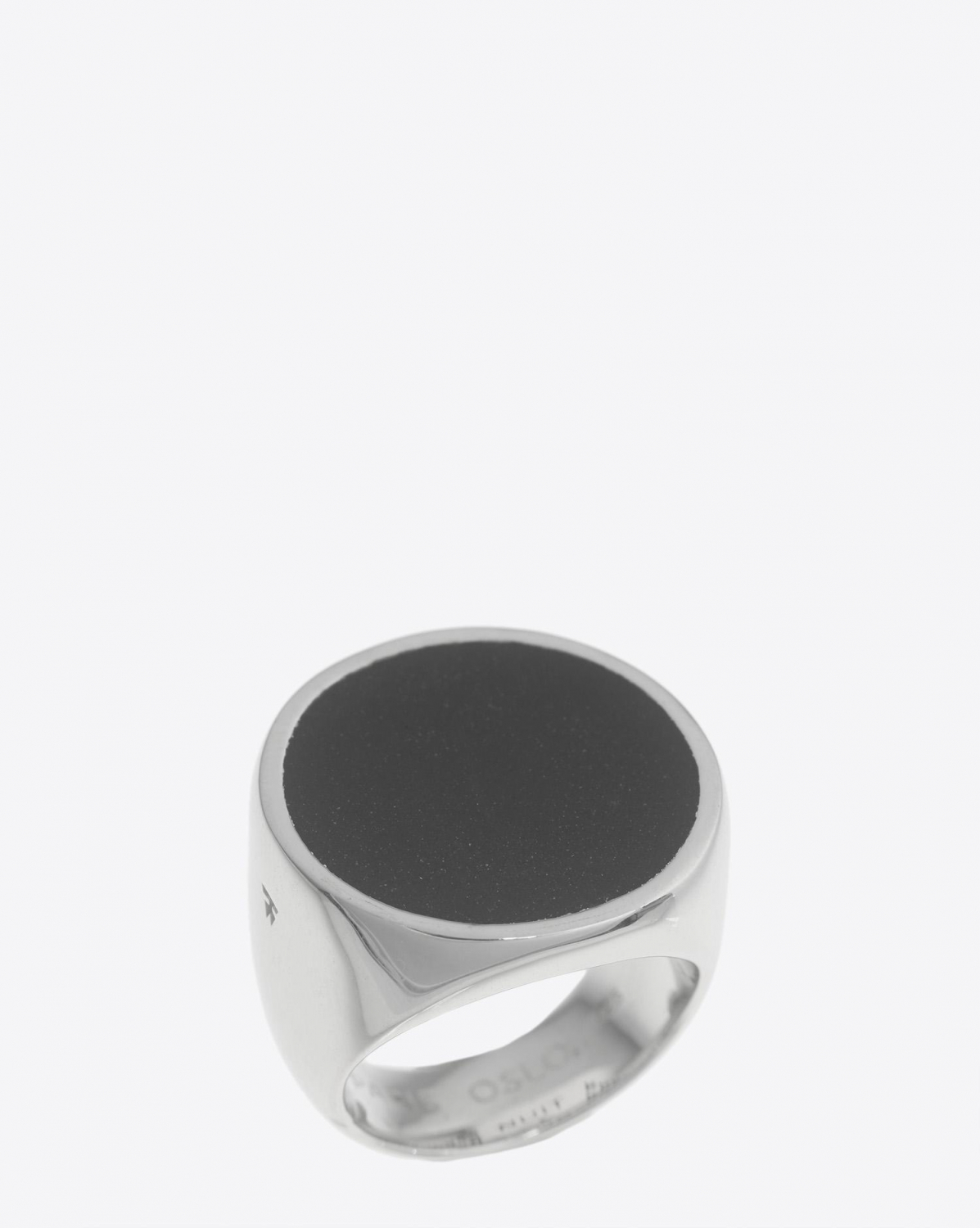 Tom Wood Flush Black Onyx Circle Ring