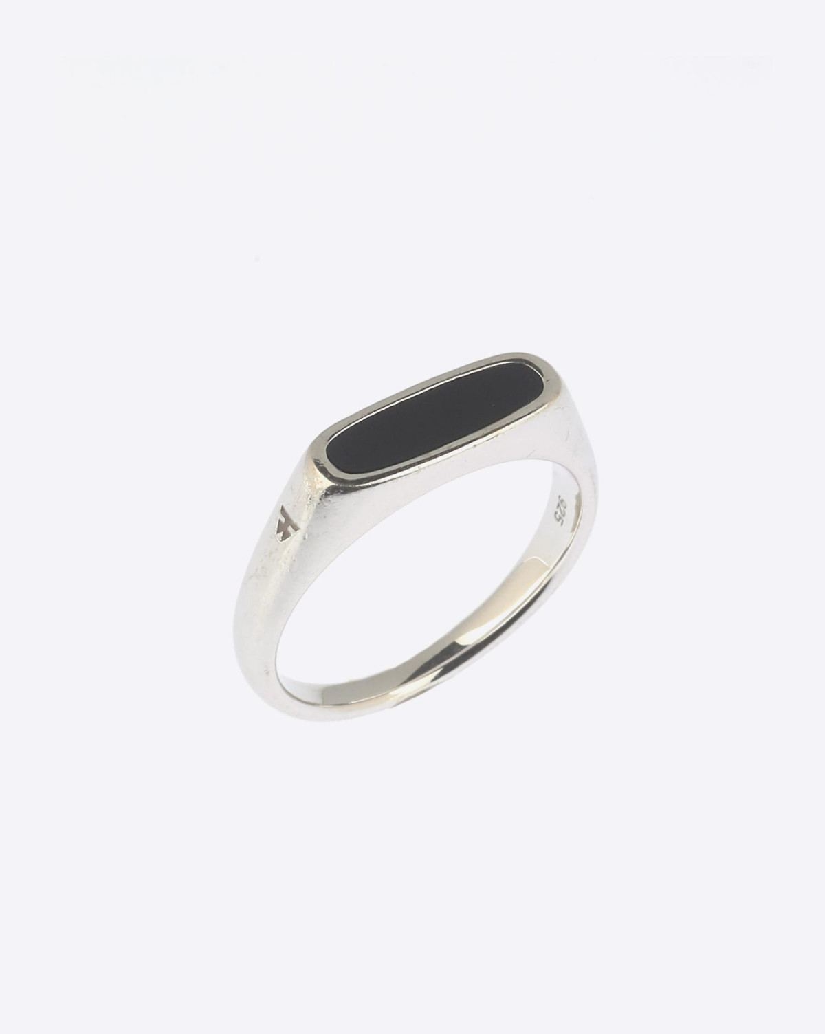 Tom Wood Mario Ring Onyx